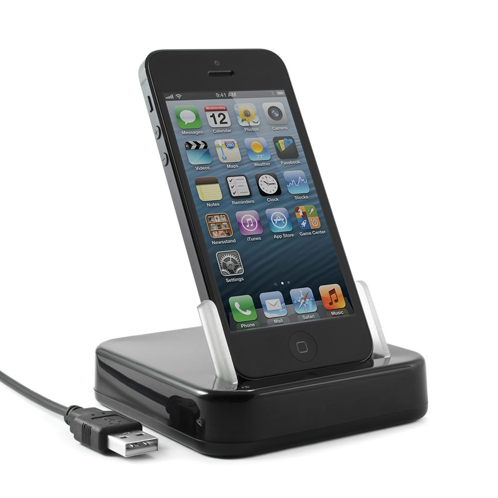 proporta_iphone5_charge_sync_cradle_01
