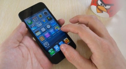iPhone 5S in vendita in Cina, ma è solo un fake | Video